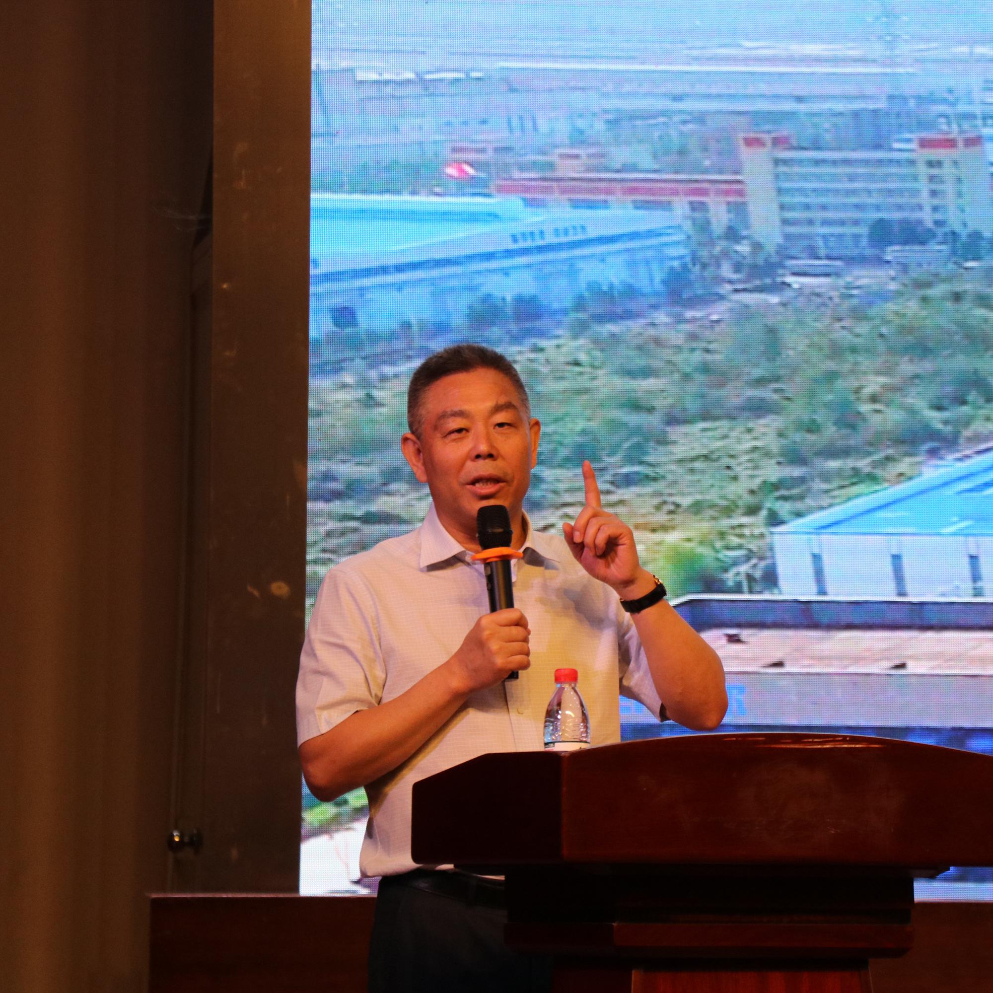 董事长邰正彪受邀出席2019年大学生科技文化节开幕式并发表主题演讲